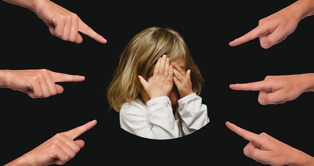 大阪吹田の女児いじめの小学校どこ?担任の先生は誰か特定された?