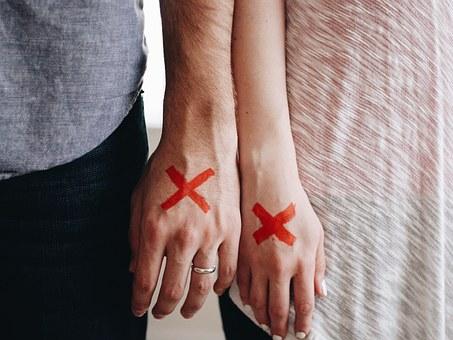 城島茂と菊池梨沙は離婚する?嫁が早くも不安に押しつぶされてる?
